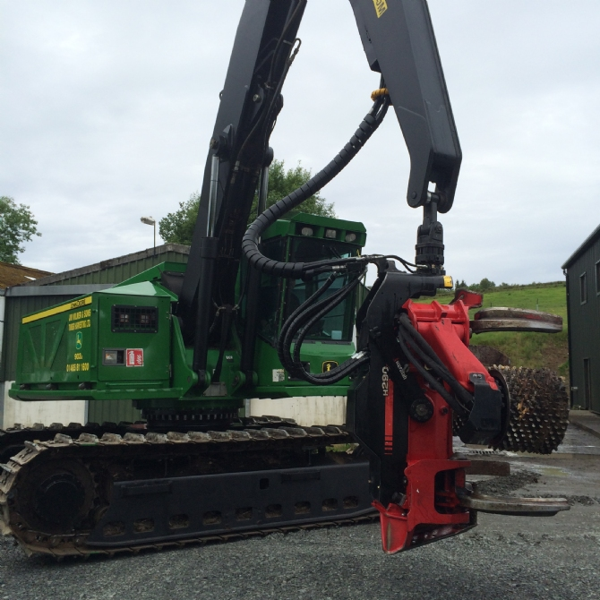 John Deere 903J Gets New H290 Head